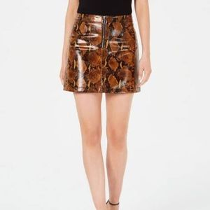 S Snake Print Yolanda Skirt by Guess / Brown